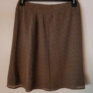 Liz Claiborne First Issue Tan Chevron Skirt 10